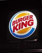米バーガーキング、加ティム・ホートンズを買収 業界世界3位に