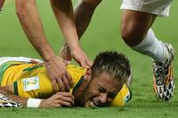 負傷のネイマール、準決勝の出場は「難しいかも」 ブラジル指揮官
