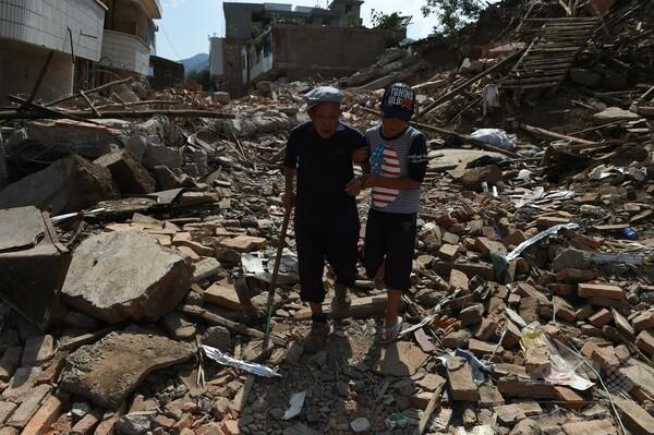 中国雲南省の地震、死者615人に