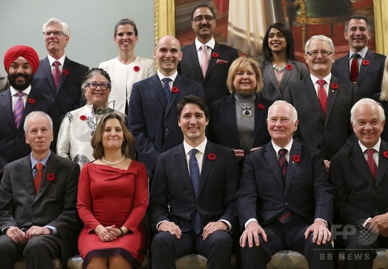 カナダでトルドー新首相が就任、新内閣の半数は女性