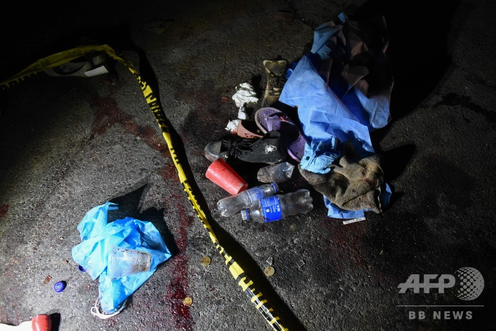 ひき逃げ現場の人だかりにトラック突っ込む、18人死亡 グアテマラ先住民の町