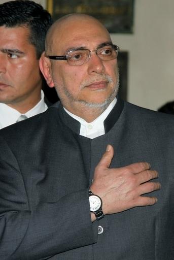パラグアイ大統領の父親認知訴訟、DNA鑑定3件目もシロ
