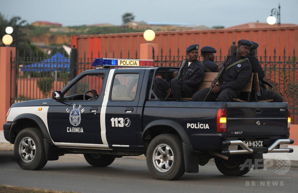 警察と宗教集団信者ら衝突、22人死亡 アフリカ・アンゴラ