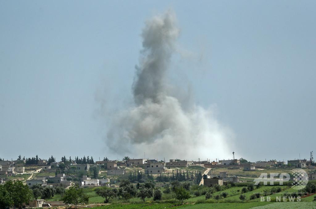 シリア北西部で空爆激化、約14万人が避難民に 死者200人超 国連