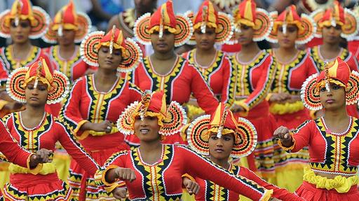 独立65周年を迎えたスリランカ、式典は盛大に