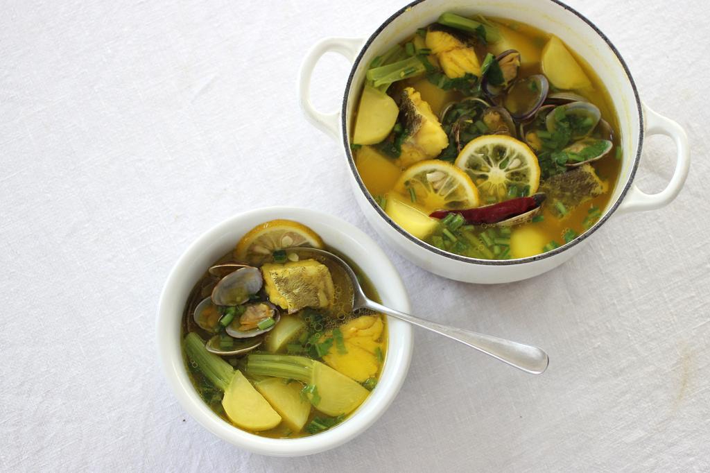 <La Cuillère de marie claire style>第39回 カブと魚介のサフラン鍋