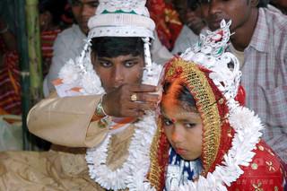児童婚させられたインド人女性、裁判で婚姻無効勝ち取る FBが動かぬ証拠に
