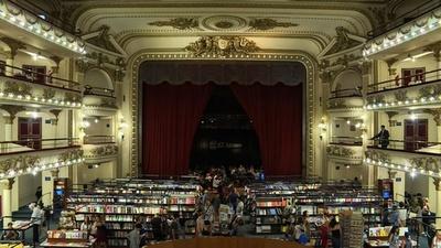 動画:ナショジオが選ぶ「世界で最も美しい書店」 アルゼンチン首都