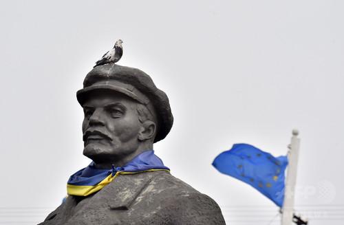 「レーニン通り」を「レノン通り」に改称、ウクライナ