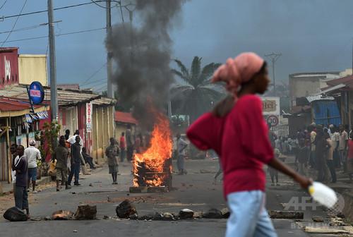 ブルンジ首都でデモ隊と警察が衝突、2人死亡 混乱深まる
