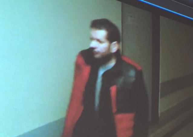 チェコの病院で銃撃 6人死亡、容疑者は自殺