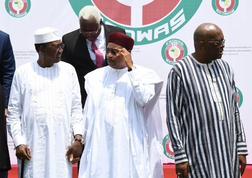 西アフリカ諸国首脳ら、過激派対策に1100億円規模の資金投入で合意