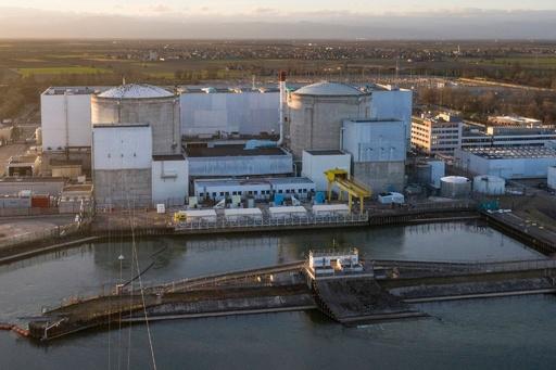 フランス最古の原子炉、廃炉作業開始 原発依存は変わらず