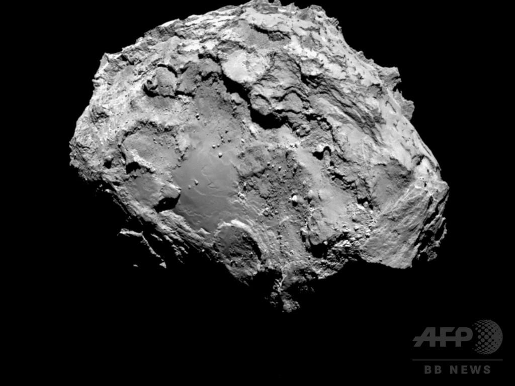 探査機ロゼッタ、彗星とランデブー 10年越しの追跡