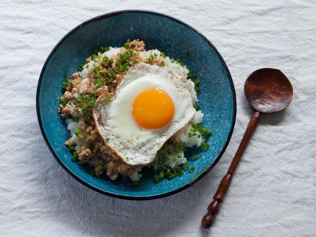 <La Cuillère de marie claire style>第22回 鶏そぼろのせご飯