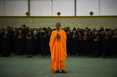 宋時代の僧侶ミイラ像、返還求める中国の村人の訴え却下 オランダ