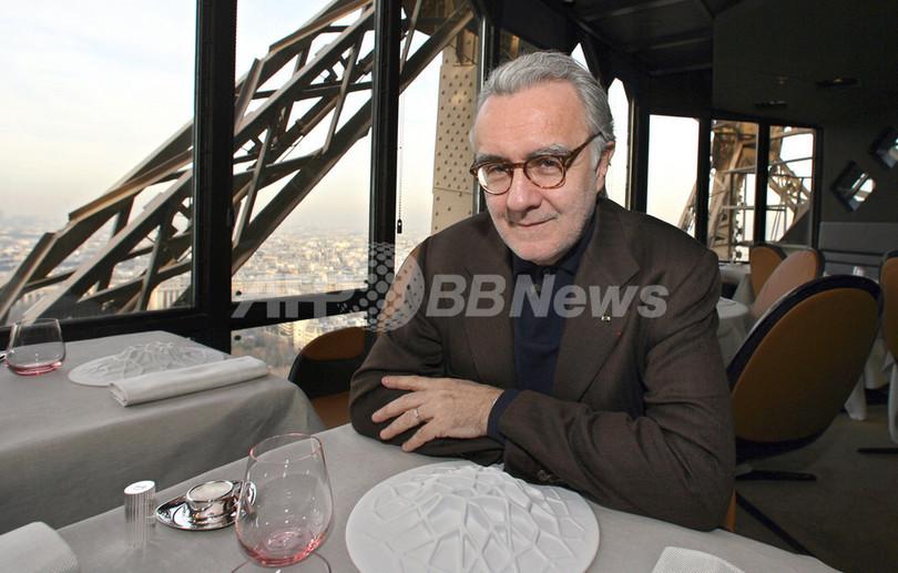 アラン・デュカス氏、エッフェル塔内のレストランを新装オープン