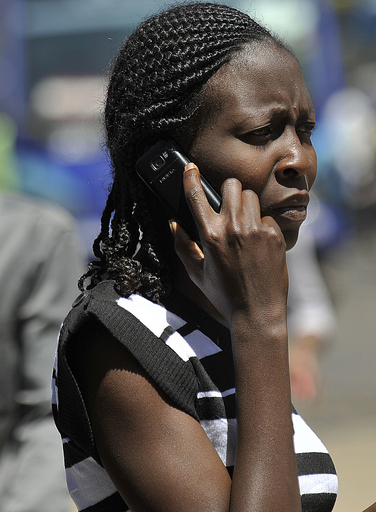 携帯電話の有害物質、減らす取り組み進む 米調査