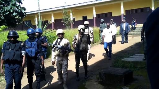 動画:生徒79人が集団拉致される、カメルーン英語圏