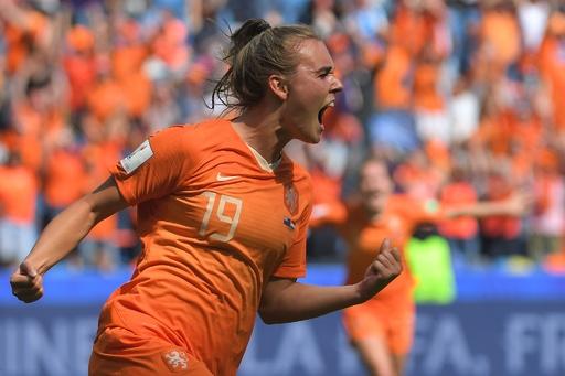 欧州王者オランダが白星発進、後半ATに決勝弾 女子W杯