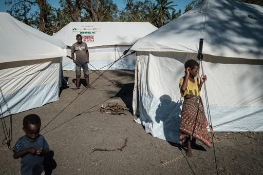 アフリカ南部のサイクロン被災地、約50万人が家失った恐れ