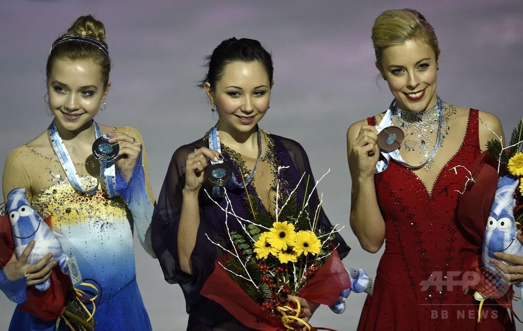 トゥクタミシェワが女子シングル制す、ロシア勢がワンツー GPファイナル