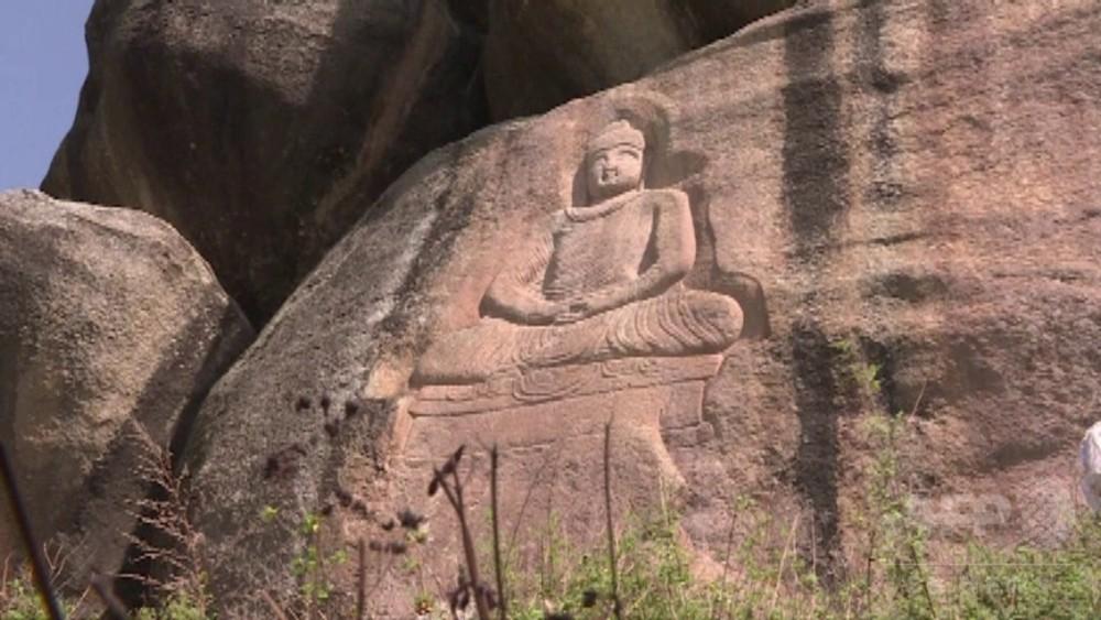 動画:タリバン破壊の仏像修復、寛容の象徴に パキスタン・スワト渓谷