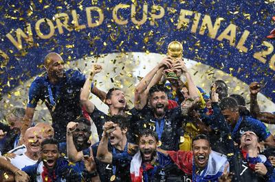 フランスが通算2度目のW杯制覇、ポグバやエムバペの活躍でクロアチア破る