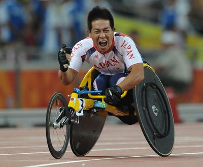伊藤 男子400メートル(T52クラス)で金メダル