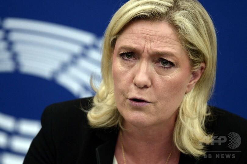 仏極右ルペン党首、IS「処刑」写真ツイートで波紋 写真1枚 国際 ...
