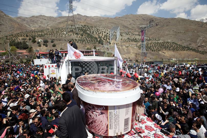 「世界一大きなカップ入りアイス」、イラン企業がギネス記録に挑戦