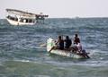 ペットボトルの漁船で貧困に打ち勝つ パレスチナの漁師