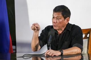 犯罪者殺害に初の報奨金、警官に計35万円 フィリピン