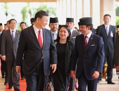 習近平主席、ブルネイの国王と会談
