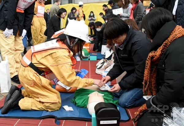 六本木ヒルズで震災訓練、住民ら900人が参加