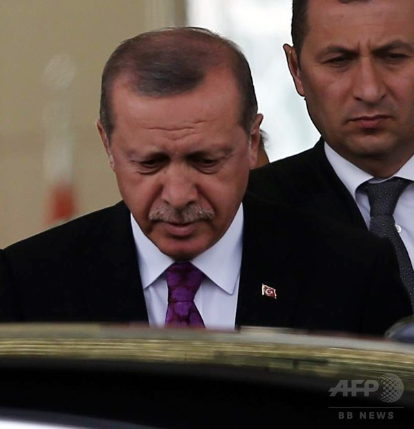 トルコ・エルドアン外交の蹉跌