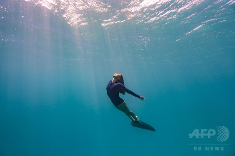 海の神秘をまとった現代のマーメイド、フリーダイバー福田朋夏