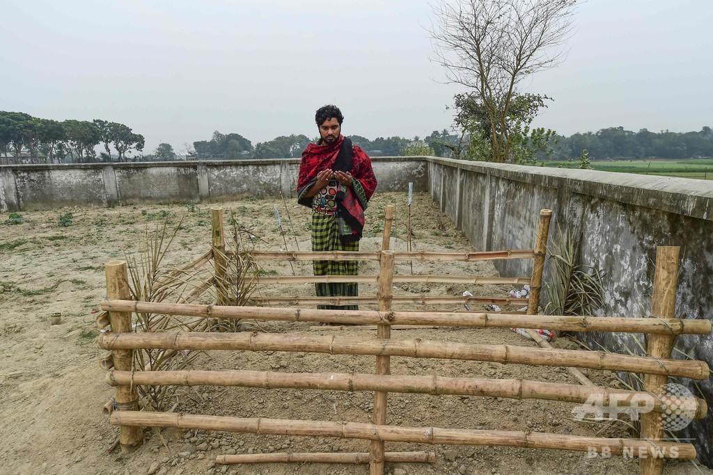 「尊厳ある」葬儀執り行われた性労働者、 バングラの売春街で初