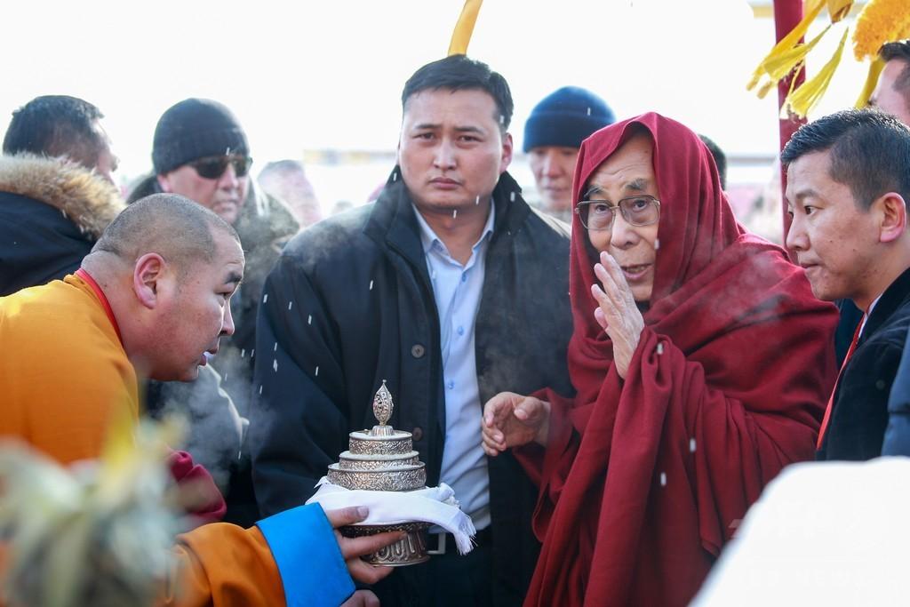 ダライ・ラマがモンゴル訪問、中国は「入国禁止」を執拗に要求