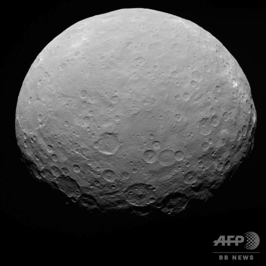 準惑星ケレスは「海洋天体」 研究