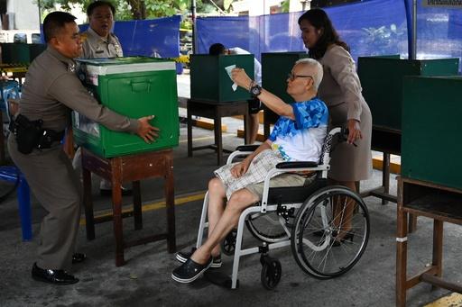 タイ総選挙、投票始まる 2014年クーデター後初