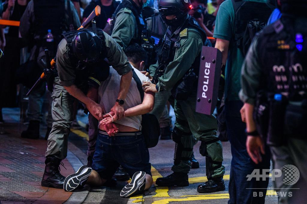 「香港の未来はさらに暗い」 英海外市民パスポート申請者が殺到