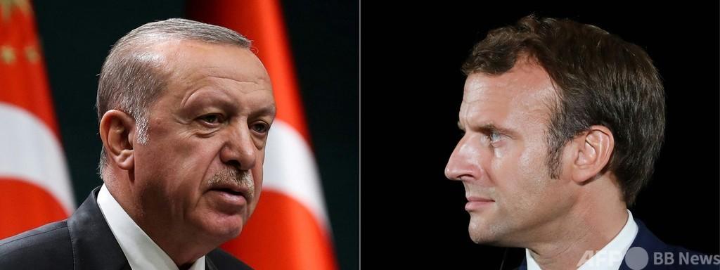 仏紙シャルリー、トルコ大統領の風刺画掲載 外交問題に