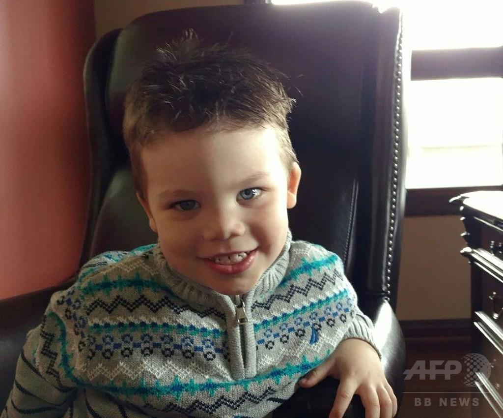 ワニに襲われた2歳児、遺体で発見 米ディズニー旅行が一転悲劇に