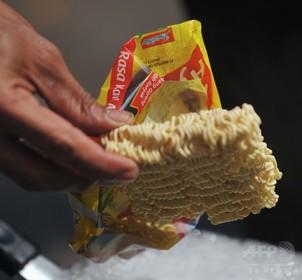 週2回のインスタント麺で女性の健康リスク上昇、米研究