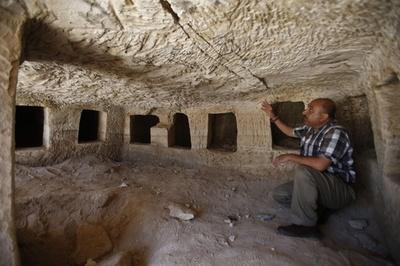 2千年前の古代ローマの墓発見、パレスチナで道路工事中に