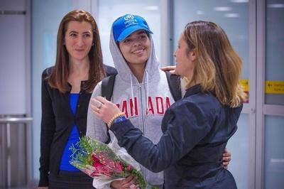 家族から逃走のサウジ女性、カナダに到着