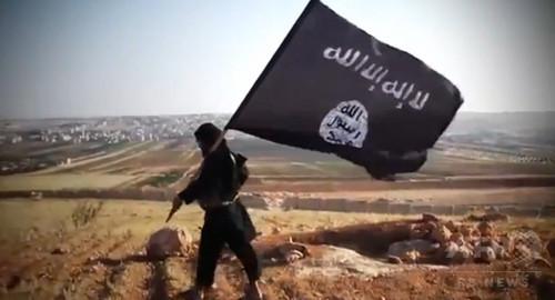 IS、メンバーの月給を半減 空爆で財政悪化か