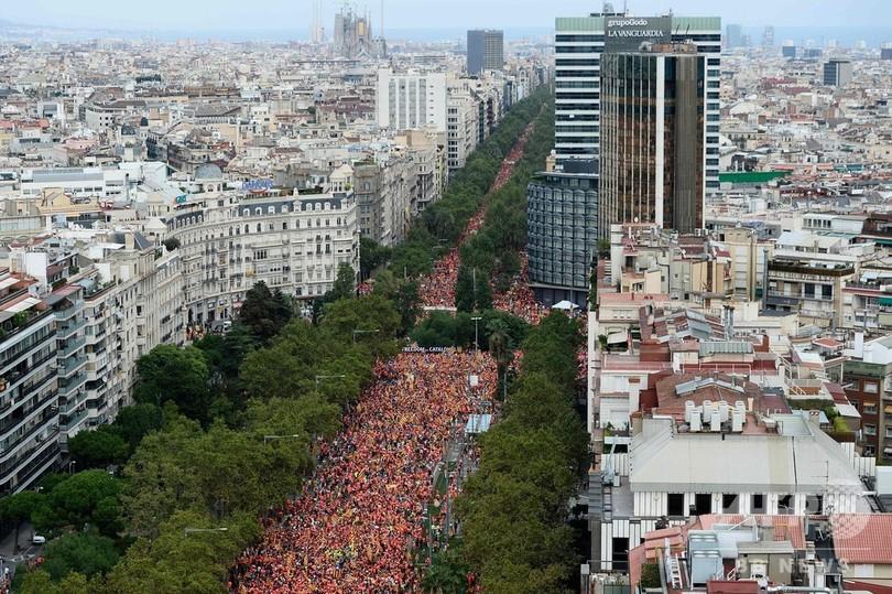 カタルーニャ自治州の独立求め100万人がデモ、スペイン・バルセロナ