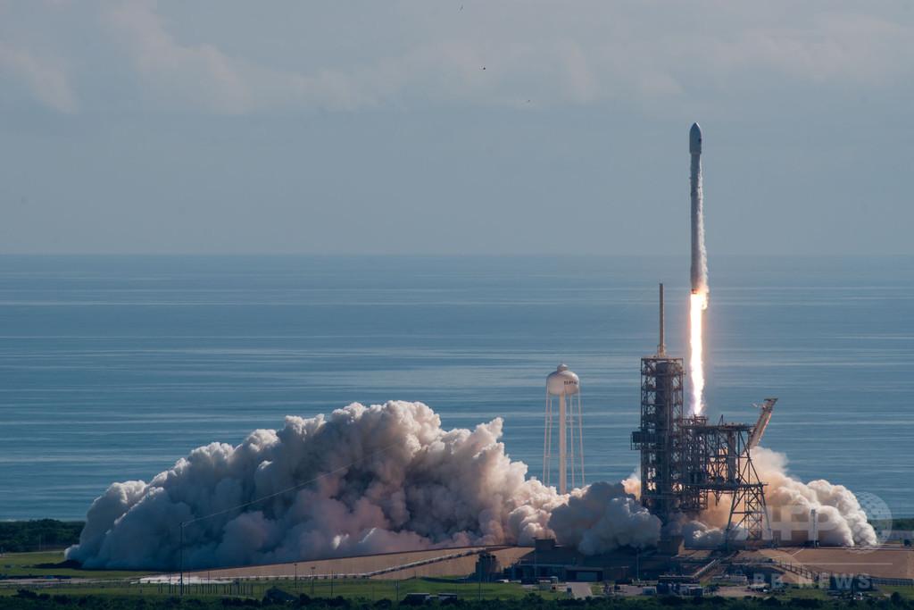 スペースX、米空軍の無人宇宙機「X-37B」の打ち上げに成功